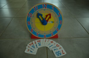 horloge bois melissa and doug